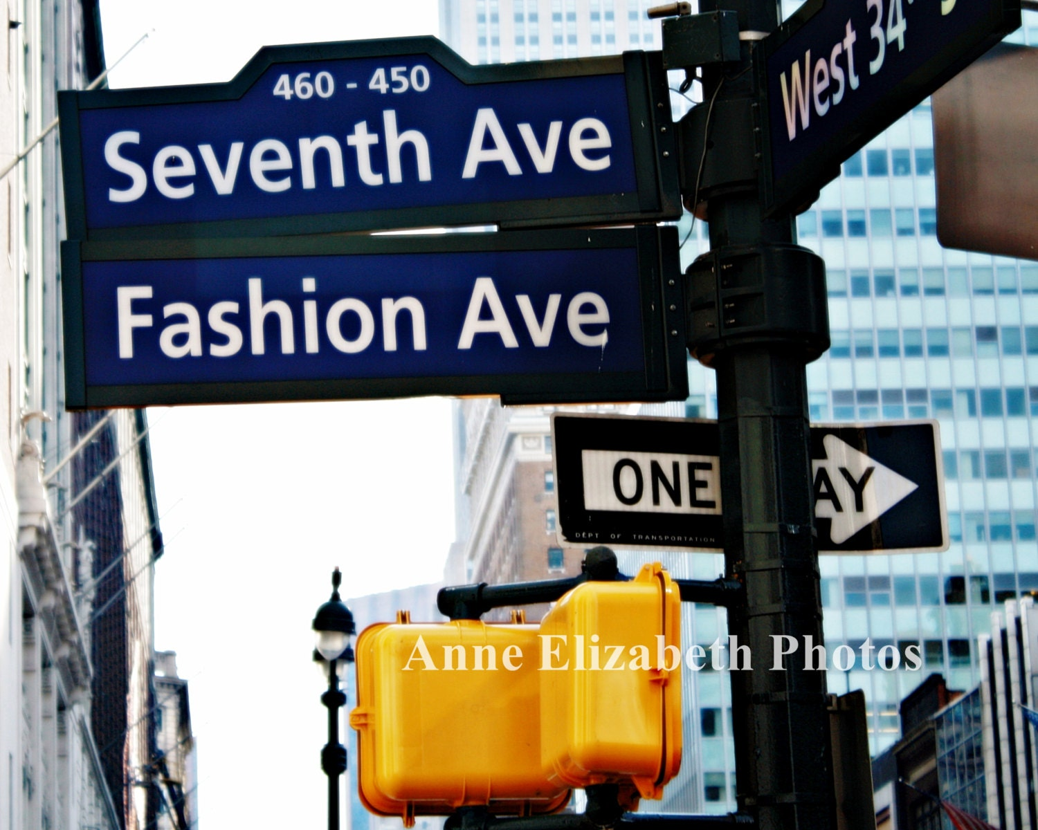 What is a fashion consultant salary 80
