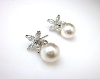 Bridal jewelry wedding prom rhodium earrings bridesmaid gift cubic zirconia five petal Flower post 8mm swarovski white or cream round pearl
