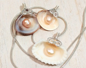 NEW! Natural Shell and Pearl Necklace