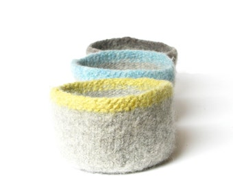 WOOLY FELTED Bowls - three felted bowls - ash grey with colored rims 11