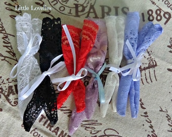 BLYTHE DOLL -  Stockings -  Long stretch lace stockings - flowers & hearts