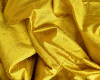 Silk Dupioni  yellow  with black shimmer - Fat quarter -D 295
