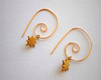 Star earrings,  Spiral earrings with stare,  dangle earrings, Minimalist earrings, modern spiral hoop earrings