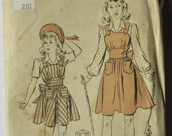 Rare find! Vintage Girls' Pinafore and Blouse pattern from 1940's - Advance 2892 - Size 10