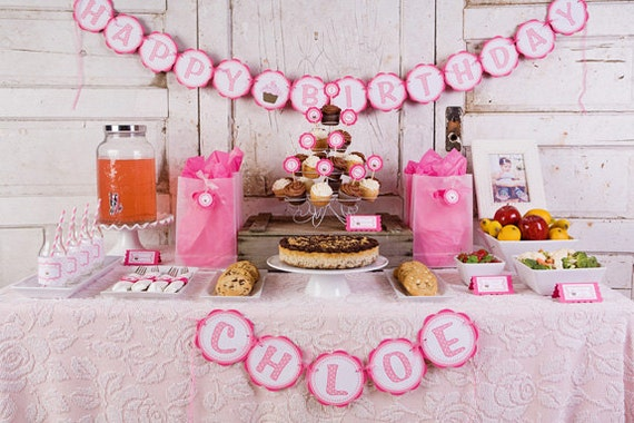 Items similar to HAPPY BIRTHDAY Banner Cupcake Theme Party
