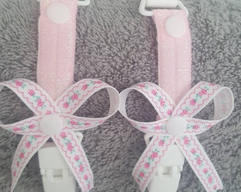Mitten clips. Gloves. Pink elasticated