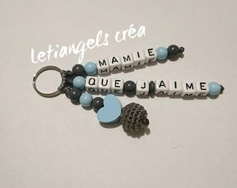 "Wooden Keychain, model ""Grandma love"" heart, dark gray and light blue"