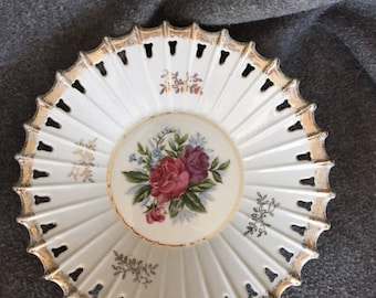 Wall Decor Roses gold leaf reticulated rim china