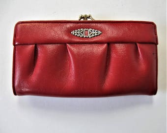 """Vintage 70's red pebbled leather Wallet, 7"""" x 4"""", divided coin purse, checkbook holder, silver toned embellishment, gift idea"""
