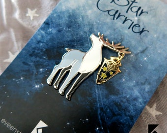 Star Carrier Enamel Pin Glow in the Dark Animals with Lantern Stars Gold Silver Deer Stag Cute Fantasy Forest Kawaii Accessory