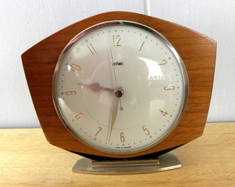 Metamec Vintage Mantel Shelf Battery Clock