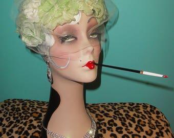 Jahrgang Mint Grün Floral Fascinator Hut mit Schleier Pinup Mitte Jahrhundert 50er Jahre Retro-Pin-up Rockabilly Flapper 20er Jahre große Gatsby Blumen