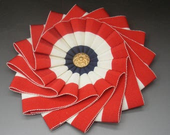 Red White and Blue Patriotic Wheel Cocarde Applique