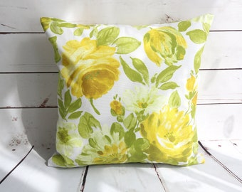 Floral pillow cover, yellow pillow cover, floral cushion cover, flower decor, green floral pillow, spring decor, Easter decor, 16x16