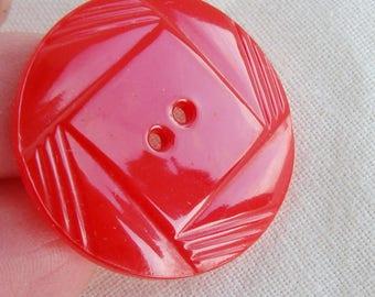 Vintage Carved Red Bakelite button