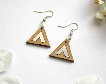 Triangle earrings, geometric minimal modern design, natural wood, chevron silver color, unique and original jewel, graphic jewelry