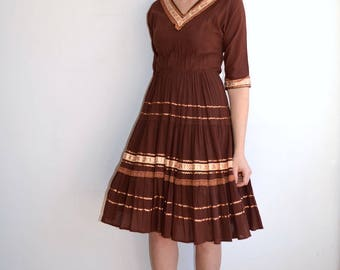 Vintage 1950s Patio Dress/ Brown Gold Squaw Western Dress/ Copper Ric Rac Trim/ Mid Century Fiesta/ Medium