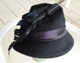 Vintage Black Wool Felt Hat with Feathers, Henry  Pollak Chapeau, 100% Wool Cloche - Formal Hat - Glenover