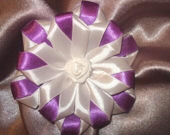Kanzashi Brooch, Jewellery, Satin Fabric Brooch, violet white Brooch, Folded Silk Brooch, Ribbon art, Japanese Flower, Woman Accessory.