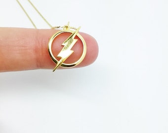Flash necklace made with sterling 925 silver and plated with 28k gold