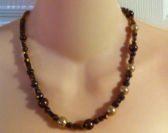 """Tan and Brown Faux PEARL Single Strand Necklace 20"""""""