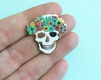 flower crown skull pin hard enamel brooch pin valentine for her best friends lapel pin cloisonné gold metal skull cute valentines day gift