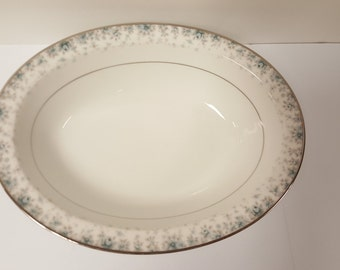 "Vintage China - 10"" Oval Vegetable Bowl in Kathleen #6722 by Noritake"
