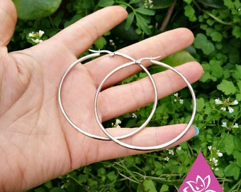 Large or small hoop TITANEbasque simple round stud earrings Silver/Gold/gold pink hypoallergenic for sensitive skin waterproof