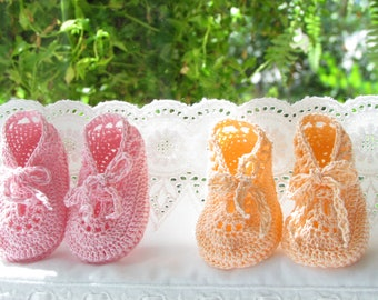 Crochet baby twins peach pink crib shoes booties
