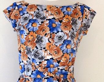 SALE 1950s vintage-style day dress
