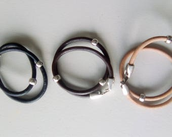 LEATHER BRACELET silver and nude