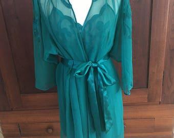 M / Victoria's Secret / GOLD LABEL /  Peignoir Set / Robe & Nightgown / Green / Medium