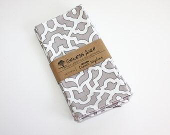Gray Cloth Dinner Napkins // Set of 4 Cotton Dinner Napkins // Eco-friendly 100% Cotton Twill Fabric Geometric Print