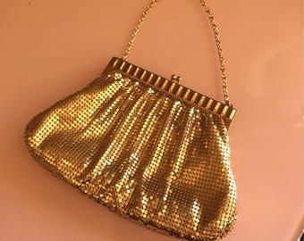 1930s Whiting & Davis gold mesh purse