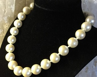 Large Lovely Knotted Glass Pearl Necklace Unsigned Gold Tone Clasp Off White Faux 15mm Pearls Choker Length Single Strand