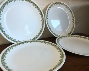 Vintage Corelle by Corning Spring Blossom Crazy Daisy Green Floral Dinner Plates Set of Four