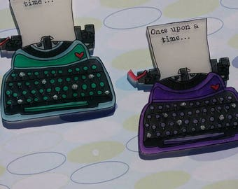 Retro Typewriter Brooches : Customizeable Options available