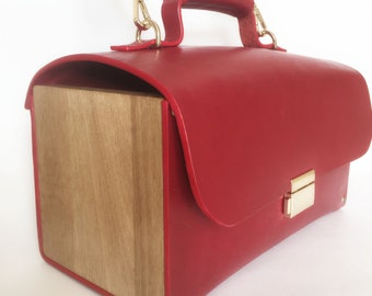 Bag case red, leather and wood