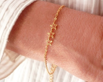 Small Gold Stars Bracelet. Tiny Gold Plated Chain. Dainty Gold Plated Stars. Minimalist Jewelry. Simple Bracelet. Stars Bracelet