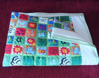 Zoo Time Cot/Crib Quilt