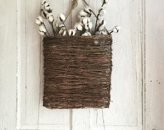 Willow Door Pocket with Cotton Stems