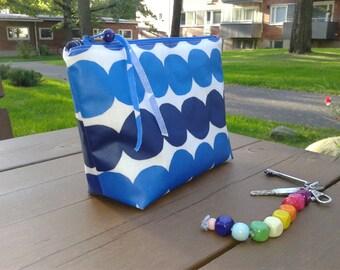 Waterproof makeup bag made from Marimekko oilcloth Räsymatto, zipper fabric travel pouch, blue cosmetic bag, make up purse