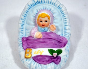 Enesco Growing Up Girls Birthday Figurine Blonde Baby Newborn in Cradle Brand New in Box 1983