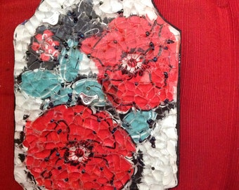 Glass mosaic, made to order.  This is a lovely poppy plaque and the Chicago skyline. Approx. 5 x 7""
