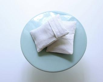 Lavender White/offwhite Linen Sachet, Set of 2