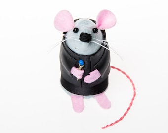 Doctor Who Christopher Eccleston Mouse Artisan ornament gift for husband wife boyfriend girlfriend brother sister men women dr who fan rat