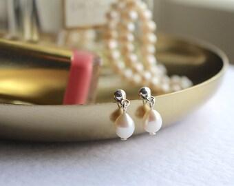 Pearl earrings, bridesmaid earrings, freshwater pearl earrings, bridal earrings, sterling silver earrings, bridal jewellery, pearl studs
