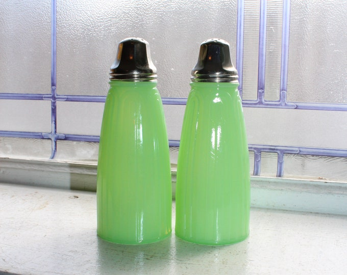 Jadite Glass Ribbed Salt and Pepper Shakers Vintage 1940s Jeannette
