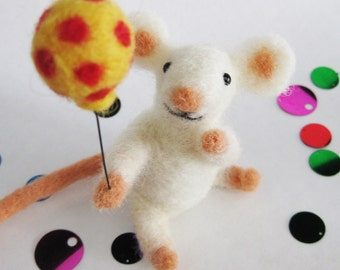 Mouse party, needlefelted animal