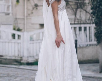 Morgane -> Wedding dress in pure silk and chiffon. Romantic, vintage inspired bridal gown. Boho wedding gown. Fairy, elven medieval dress.